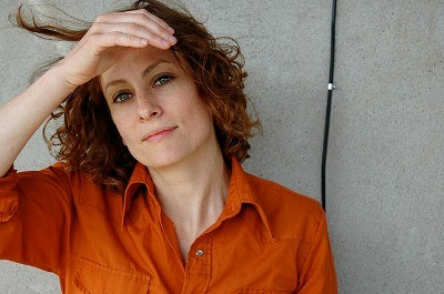 Feature Article: Sarah Harmer - A New Wind