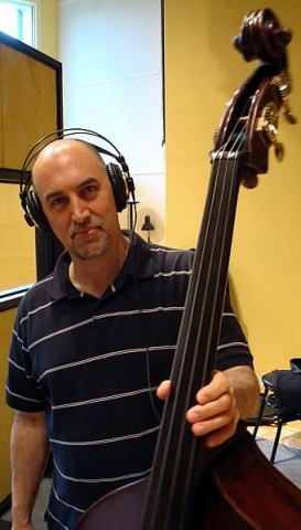 Feature Article: Roberto Occhipinti - Have Bass Will Travel