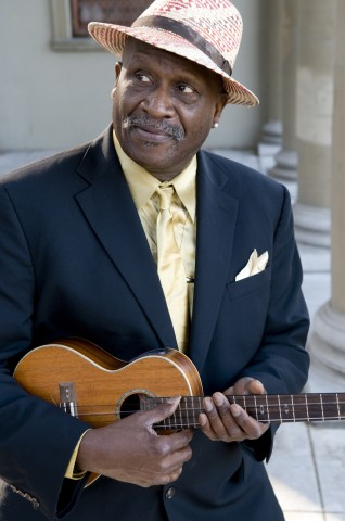 Feature Article: Taj Mahal - Bluesman on a mission